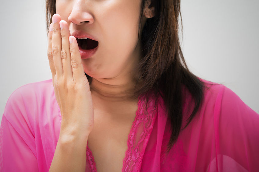 woman with halitosis natural treatment